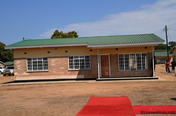 JB Hands Over 100 Houses To Malawi Army At Chirumba