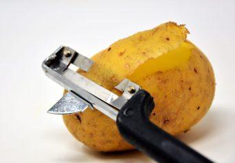 la pomme de terre est un alié puissant contre l'acné