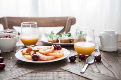 les jus de fruits ne sont pas si bon pour la santé que cela, en excès ils peuvent meme nuire à la santé