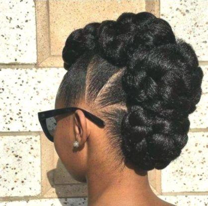 updo coiffures responsables pour le boulot