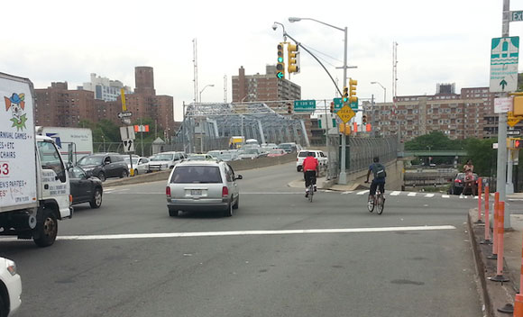 The East 138th Street approach to the Madison Avenue Bridge before DOT put in pedestrian and bike improvements.Photo: Stephen Miller