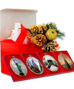 New York City Landmarks Christmas Ornaments Gift Set from NY Christmas Gifts