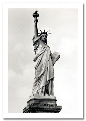 Statue of Liberty BW NY Christmas Card HPC-2303