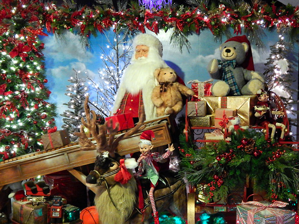 Christmas in New York Holidays Display NYC 13