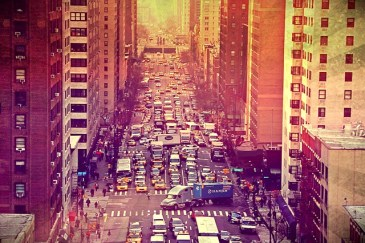 A NYC street during the rush hour.