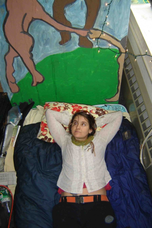 Melanie Hamlett tells amazing tales of cross-country adventures this summer in her live-in truck (and unique bed) at The Hobo Show