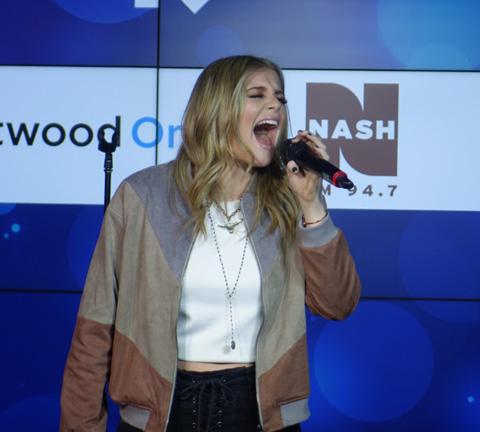 Lauren Alaina Nash FM
