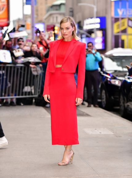 """NEW YORK, NY - OCTOBER 11:  Margot Robbie arrives to ABC's """"Good Morning America"""" in Times Square on October 11, 2017 in New York City.  (Photo by James Devaney/GC Images)"""