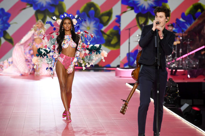 NEW YORK, NY - NOVEMBER 08:  Jasmine Tookes walks the runway as Shawn Mendes performs during the 2018 Victoria's Secret Fashion Show at Pier 94 on November 8, 2018 in New York City.  (Photo by Dimitrios Kambouris/Getty Images for Victoria's Secret)