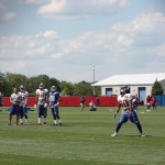 Victor Cruz catches punts
