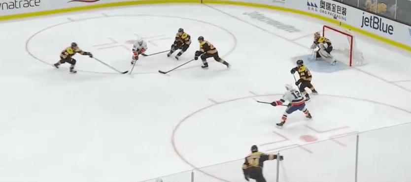 Islanders-Bruins