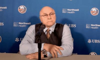 New York Islanders head coach Barry Trotz