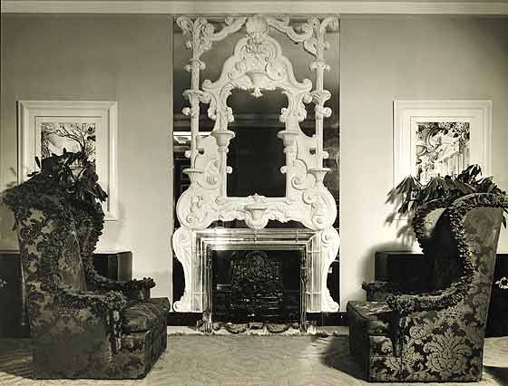 The lobby of the Hampshire House, completed in 1937, Dorothy Draper