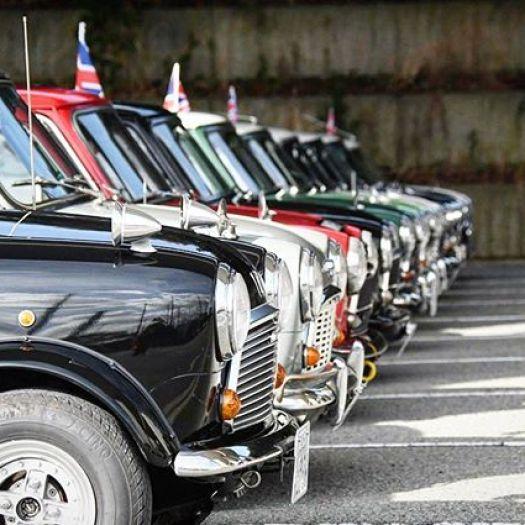 スパッと並ばせます!! ミニを並ばせるならNew Year Mini Meetingへ!! もちろん一般車両もオッケーです!専用駐車場もあります!! #nymm2018 #nymm2019#nymm#mini#rovermini #classicmini #ミニ#クラッシックミニ#ミニクーパー#ミニクーパーのある暮らし #ミニ大好き