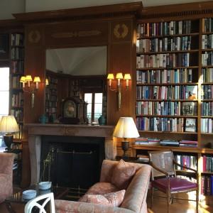 Cosmopolitan Club Library