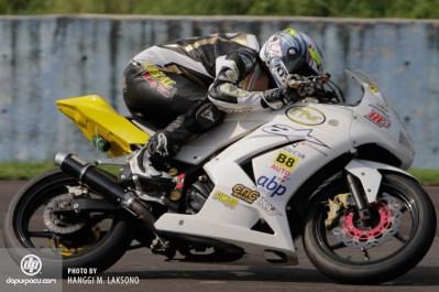 Kawasaki N250R IRS Sentul