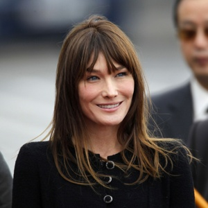 Carla Bruni Sarkozy S Pregnancy Confirmed By French President S Father Her Mother