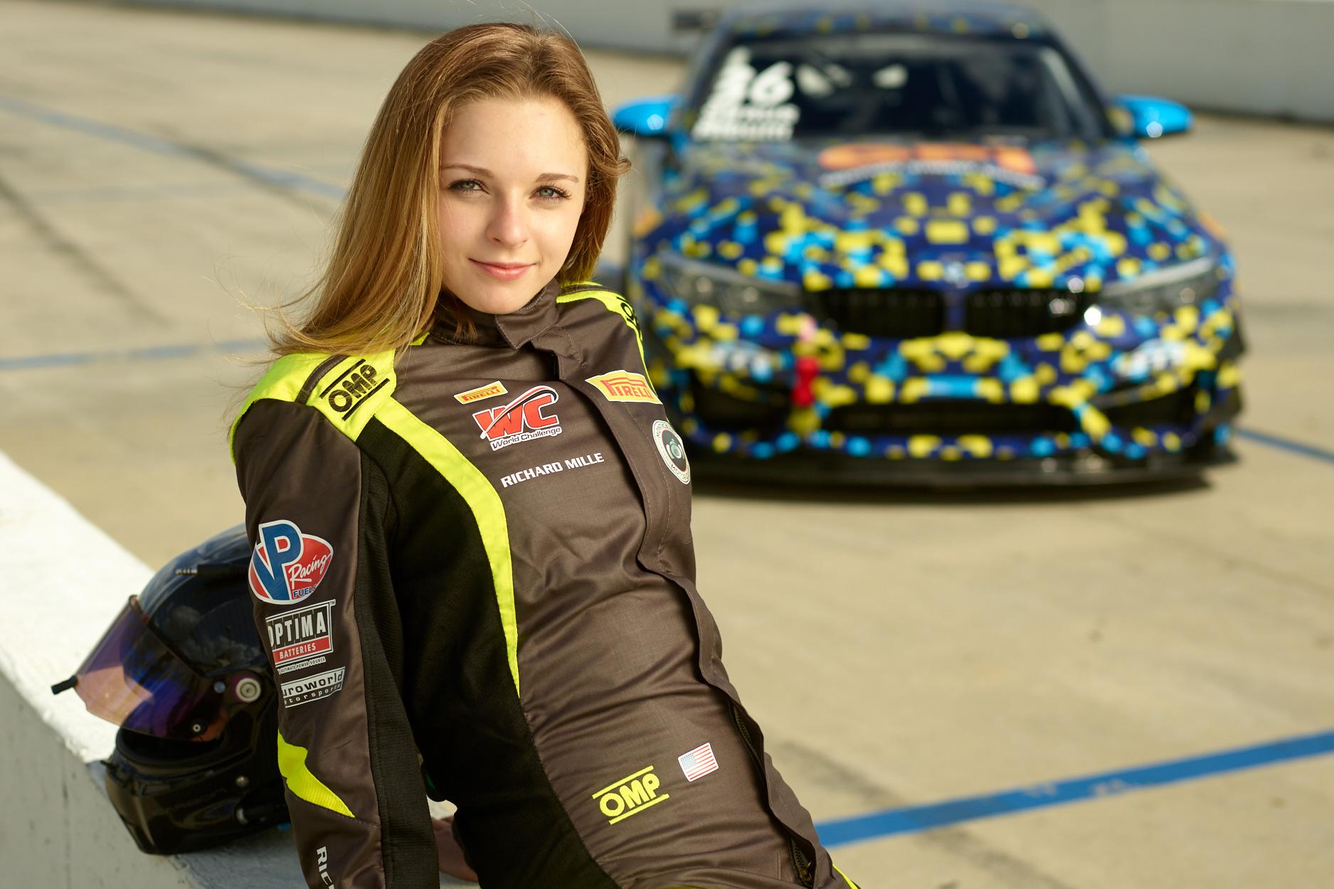 10 Most Appealing Female Race Car Drivers   Female race
