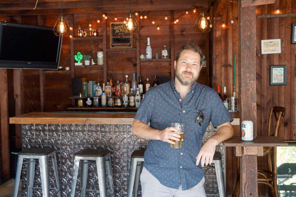 Suburban Dads Are Turning Garages Into Bars