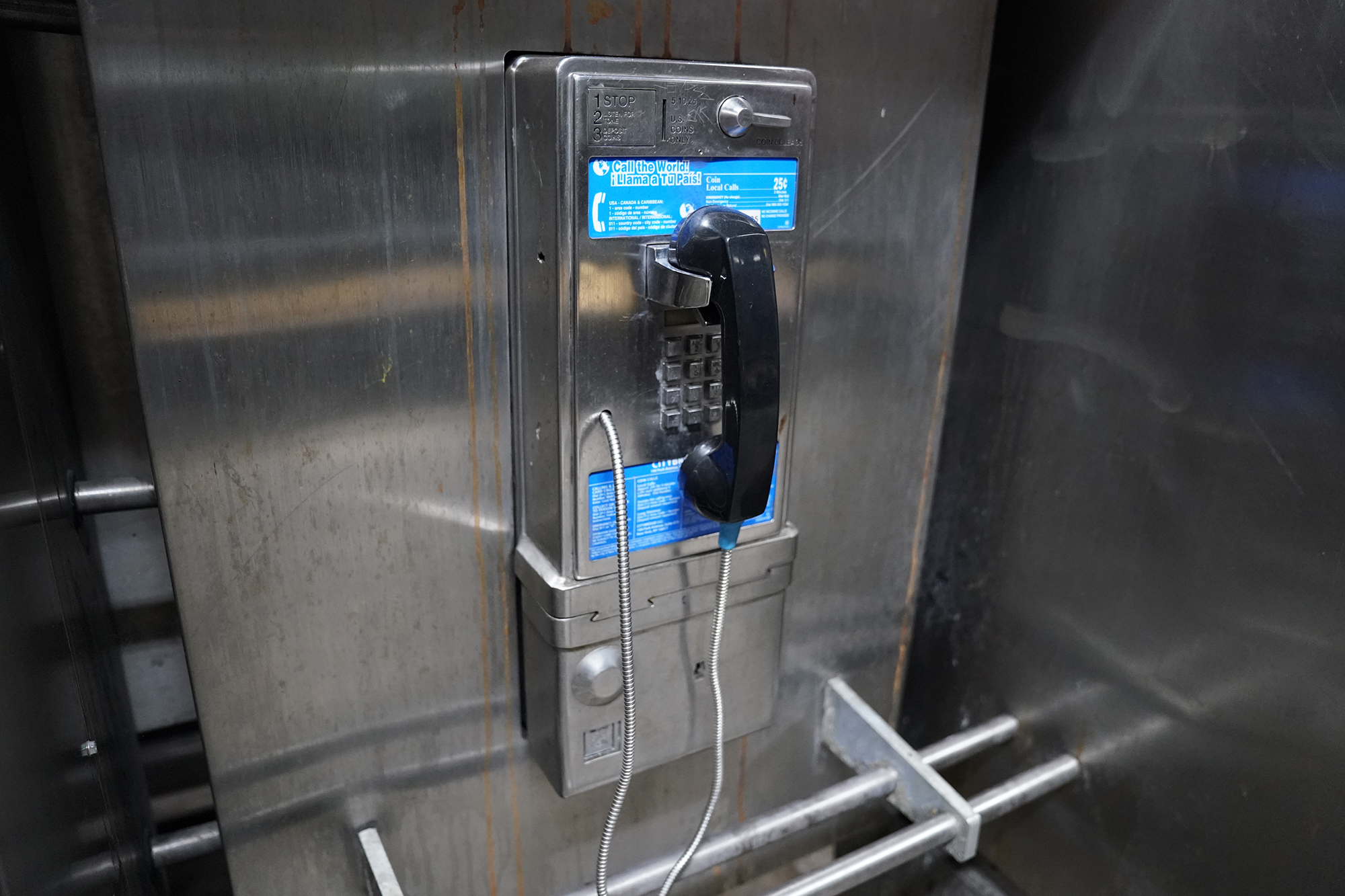 NYC will remove city's remaining payphones: report
