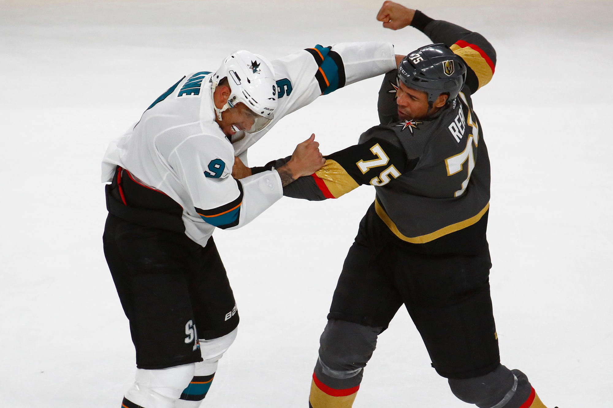 Evander Kane, Ryan Reaves renew beef after Jake Paul challenge