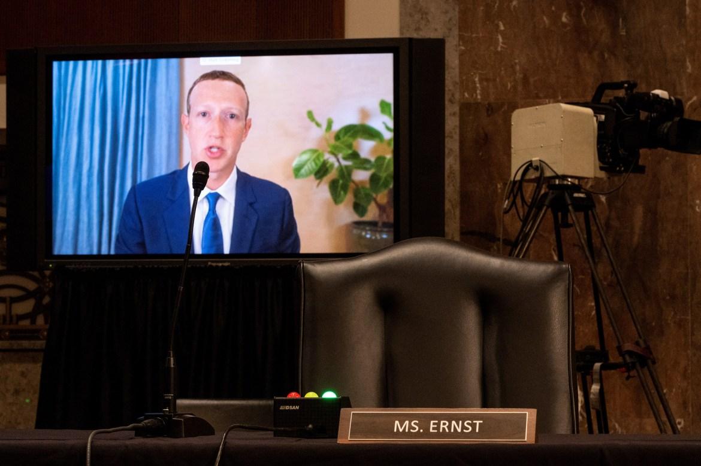 Big Tech's free speech suppression is dangerous information warfare: Devine 1