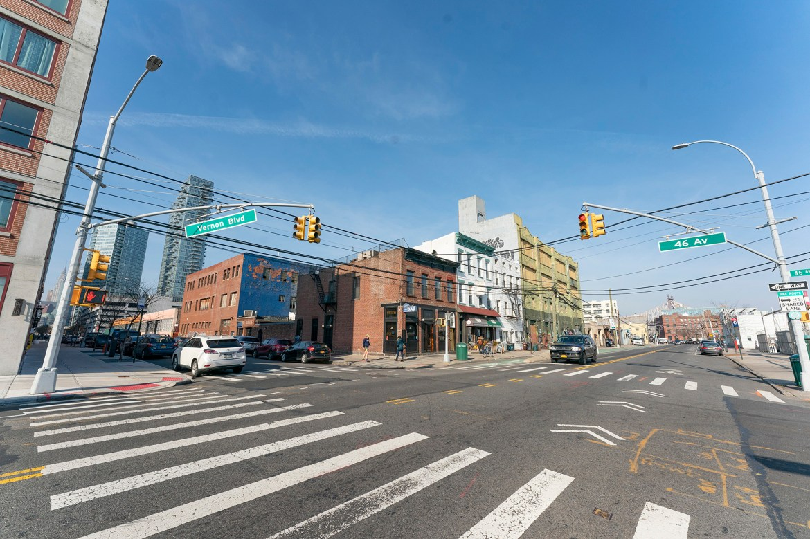 Queens biz owners haunted by Amazon loss amid pandemic 1