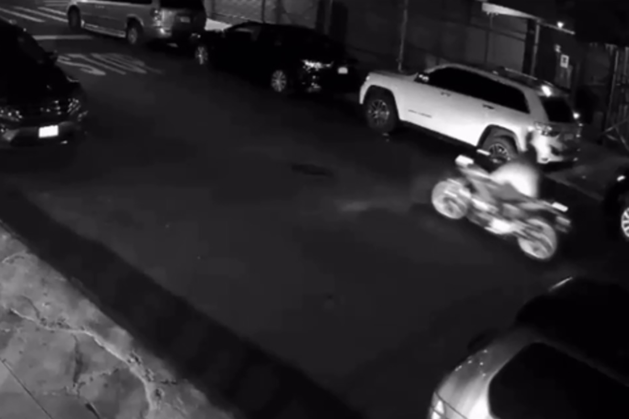 Gunman on motorcycle opens fire on Bronx street, strikes car