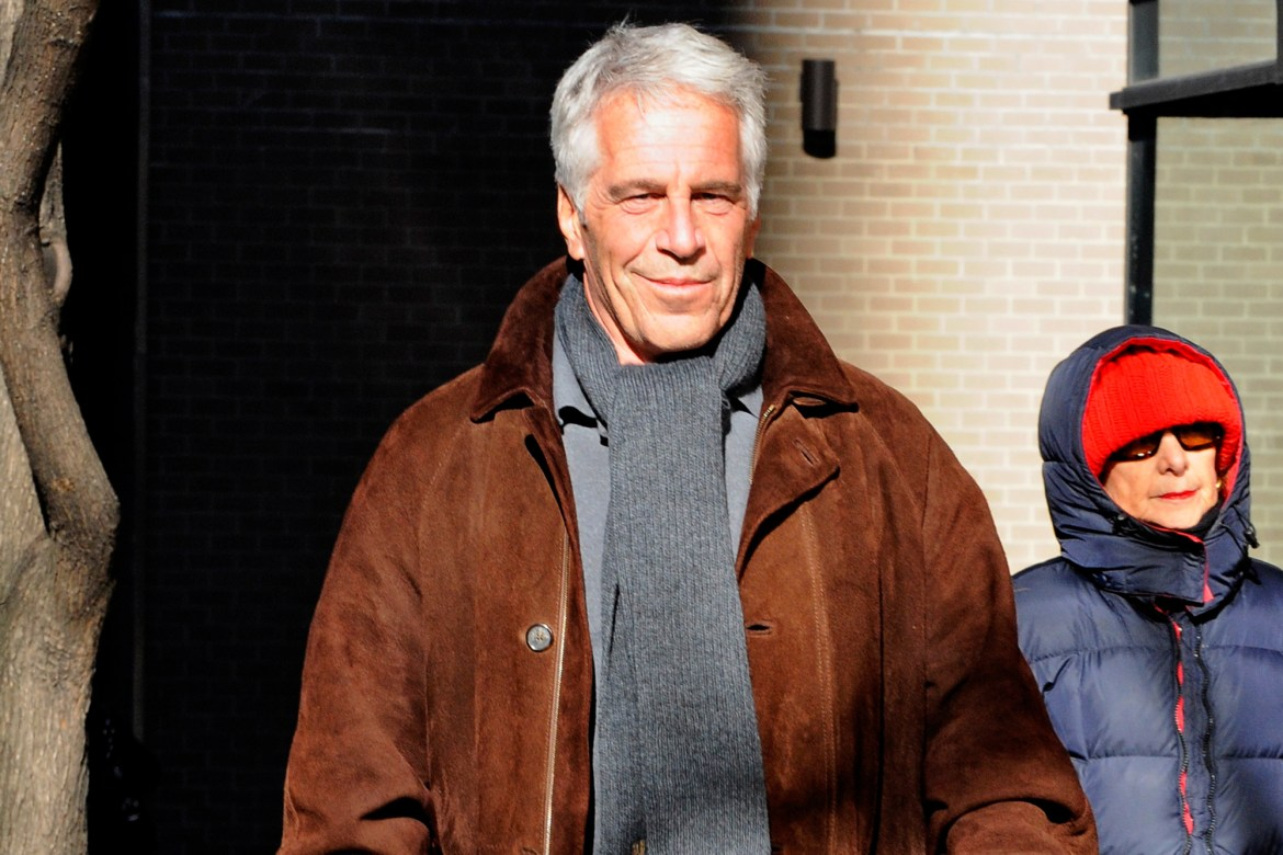 Conspiracy theorist claims Jeffrey Epstein was spotted in New Mexico 1