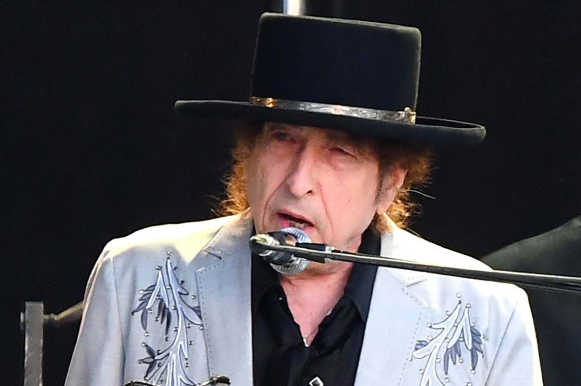 Bob Dylan sells rights to all his songs in likely record-breaking deal 1