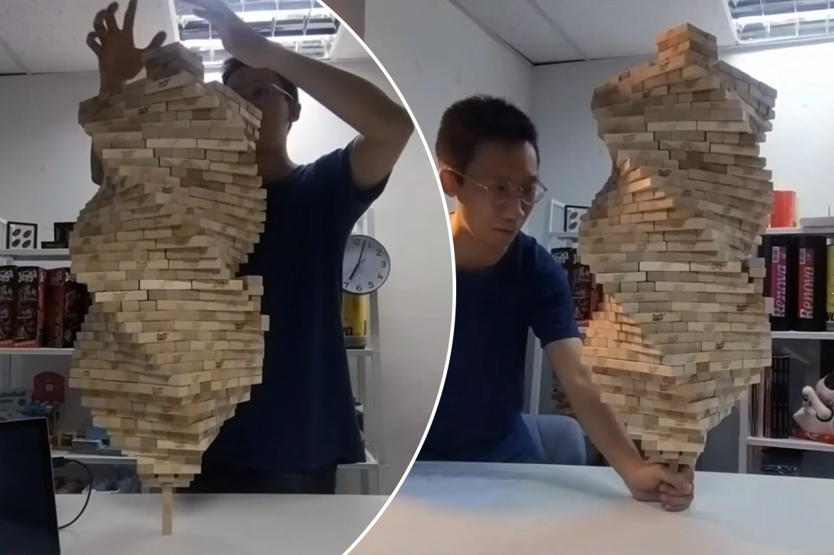 1,002-block Jenga tower stacked on one piece 1