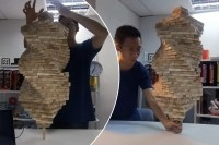 1,002-block Jenga tower stacked on one piece
