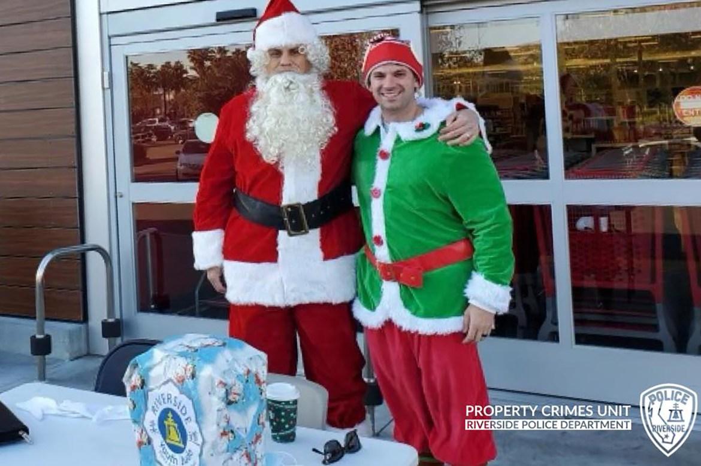 Cops dressed as Santa and elf nab suspected car thieves 1