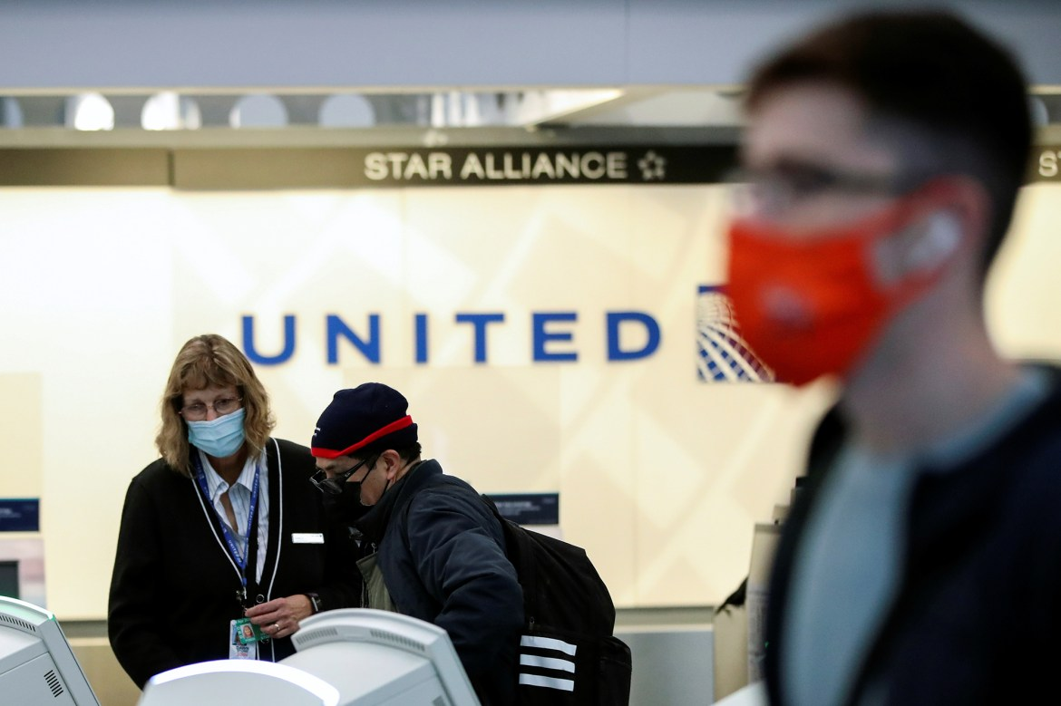 United Airlines flight attendants question crew quarantine policy 1