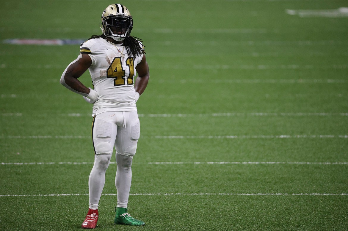 Alvin Kamara's positive COVID-19 test puts playoff availability in doubt 1