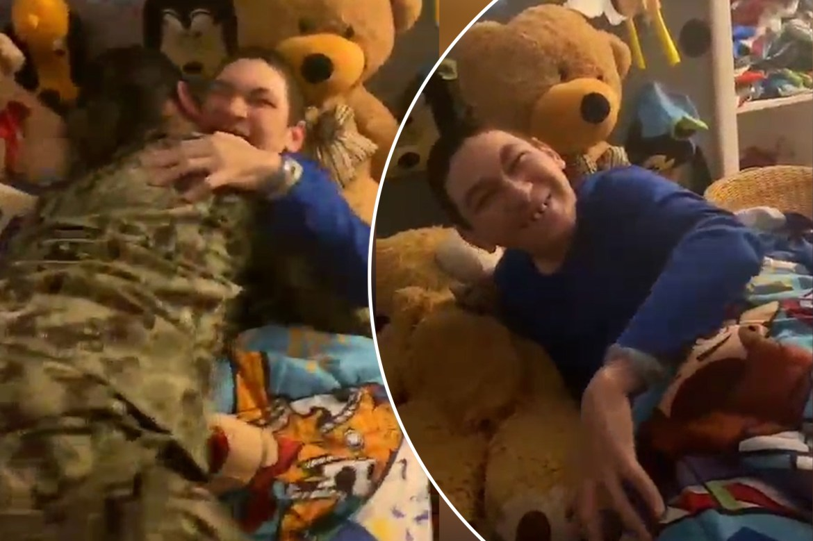 Boy with cerebral palsy surprised by military sister 1