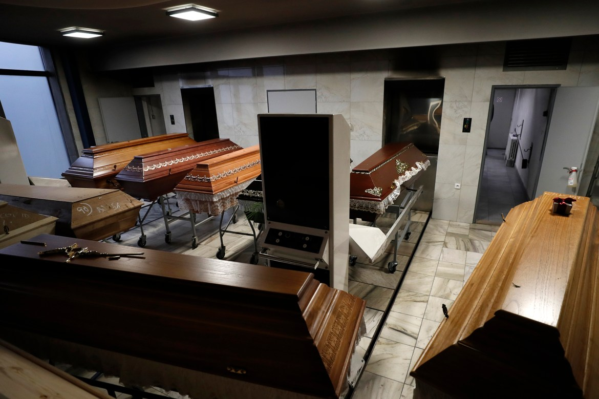 Biggest Czech crematorium overwhelmed by COVID-19 deaths 1