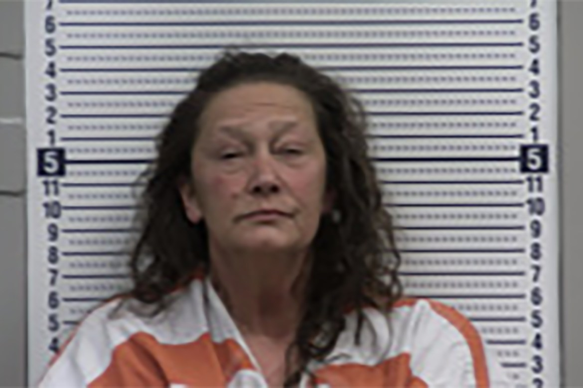 Arkansas woman allegedly tried to poison husband with eye drops 1