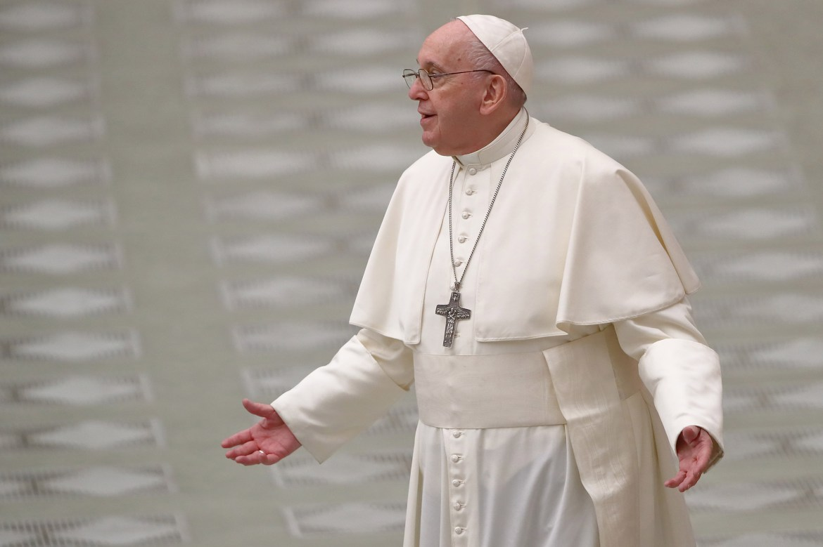 Pope Francis condemns travelers fleeing COVID-19 lockdowns 1