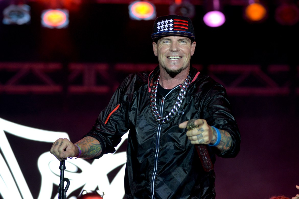 Eric Trump, Don Jr. party with Vanilla Ice at Mar-a-Lago New Year's bash 1