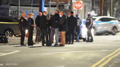 5-year-old girl shot while playing on Brooklyn sidewalk