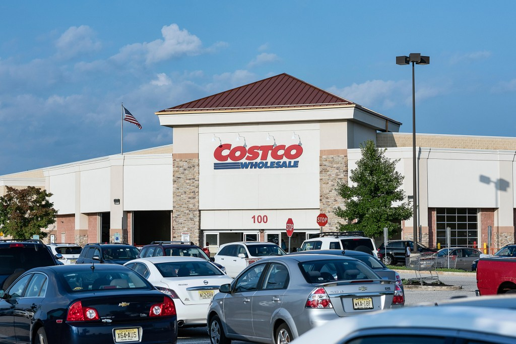 mike lindell says costco has stopped