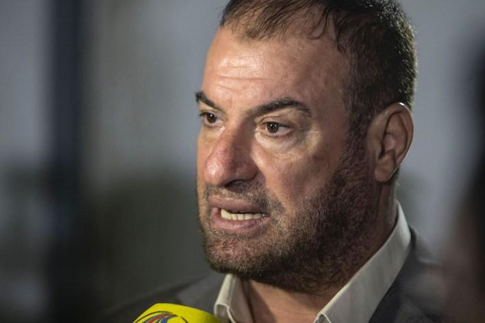 Fathi Hammad called on the people of Jerusalem to behead Jewish people.