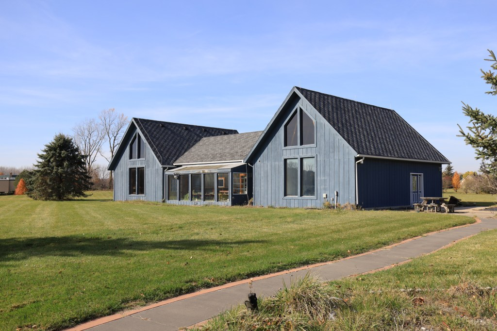 The home also features a barn used an entertainment room.