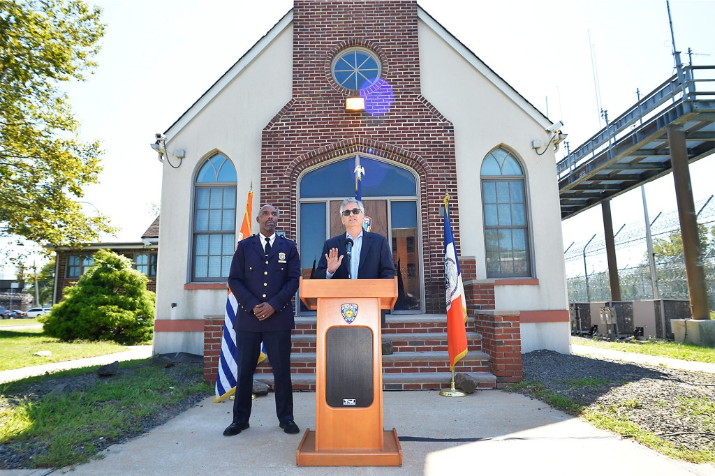 Schiraldi also claimed at a press conference on Rikers Island that the department will be hiring 200 new officers.