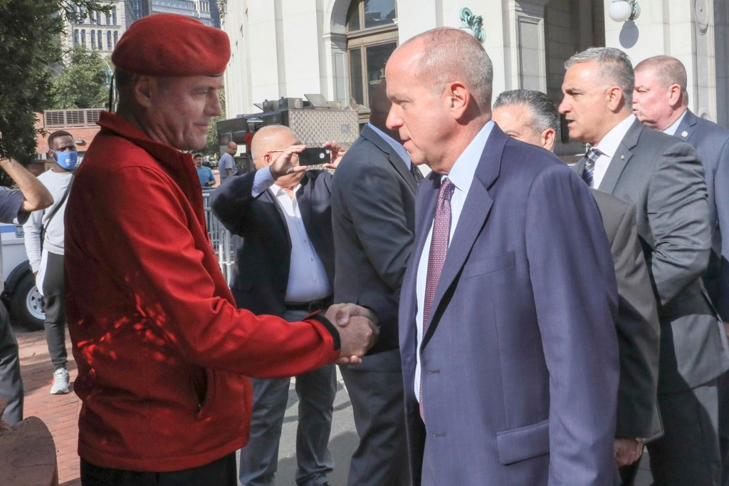 Mayoral cadidate Curtis Sliwa waited outside 1 Police Plaza where he showed support for SBA President Ed Mullins