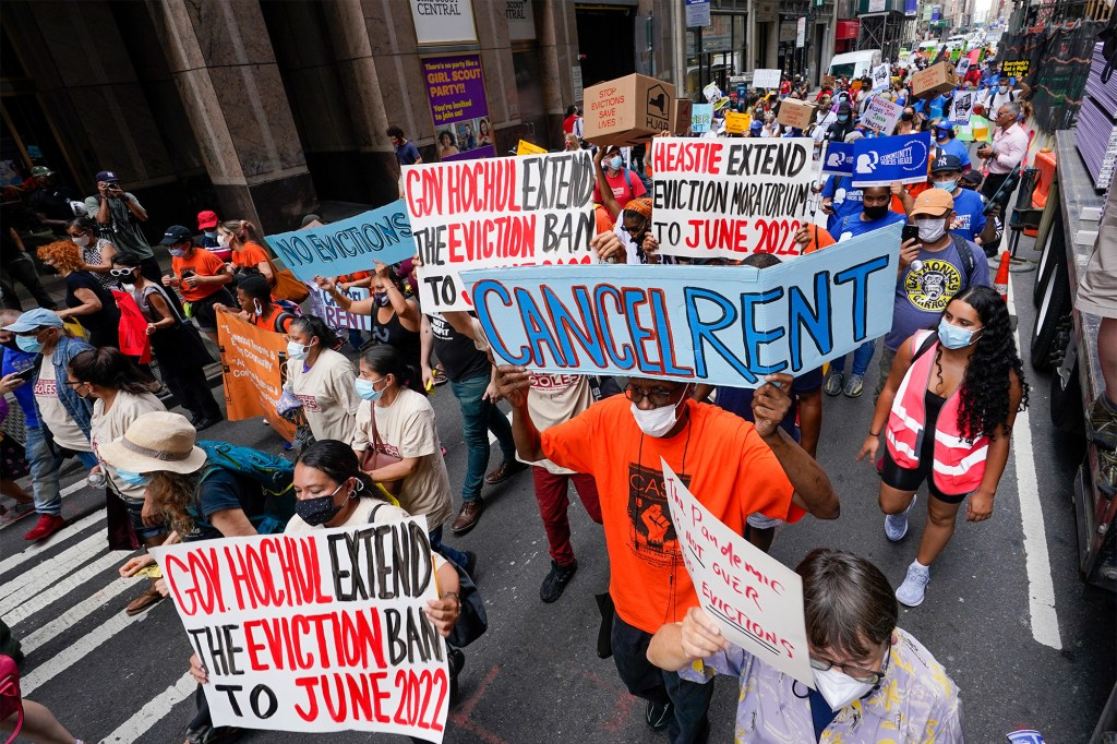 A demonstration in New York City calling on Gov. Hochul to extend the moratorium on August 31, 2021.