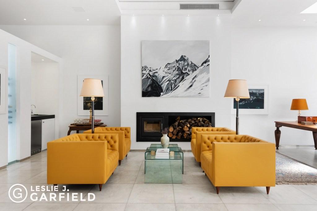 A living area inside 118 E. 83rd Street.