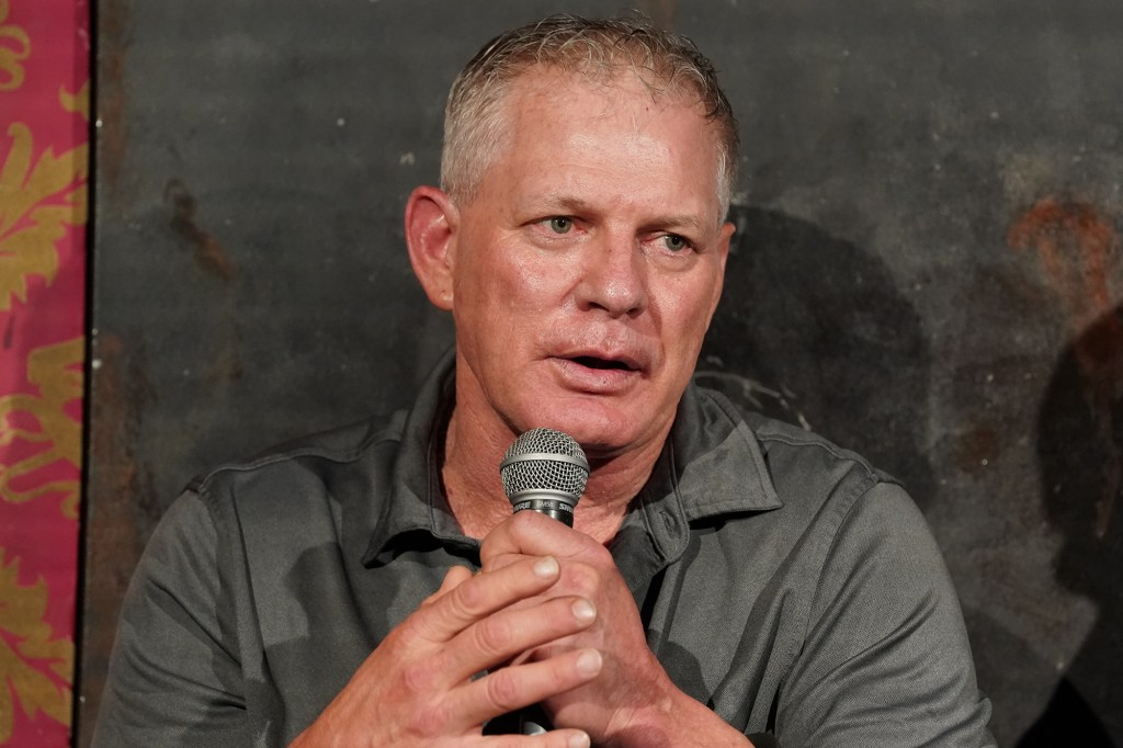 """Former Mets player Lenny Dykstra wondered on Twitter if he deserves an Emmy for appearing in the """"Once Upon a Time in Queens"""" Mets documentary."""