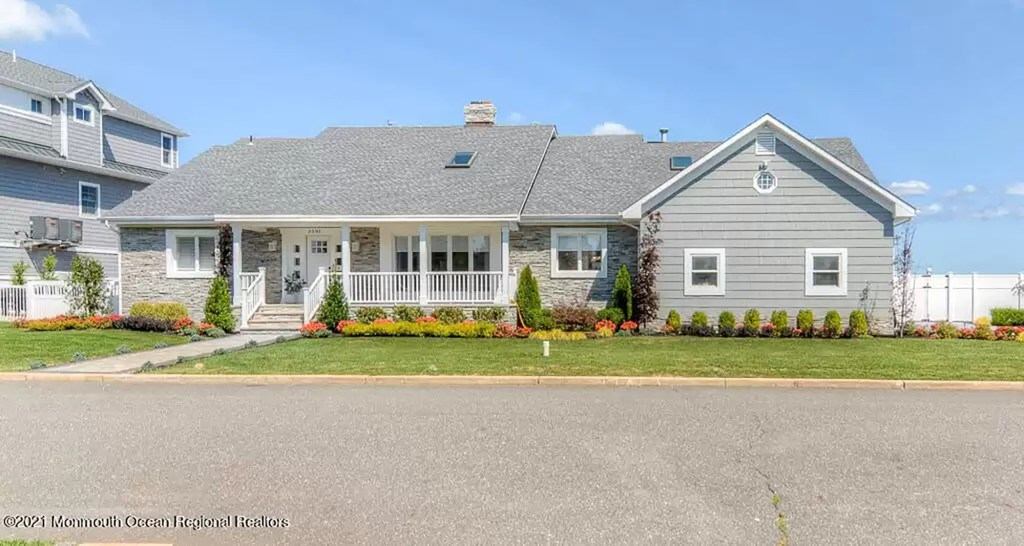 The second Toms River waterfront home Melissa and Joe Gorga purchased in 2019.